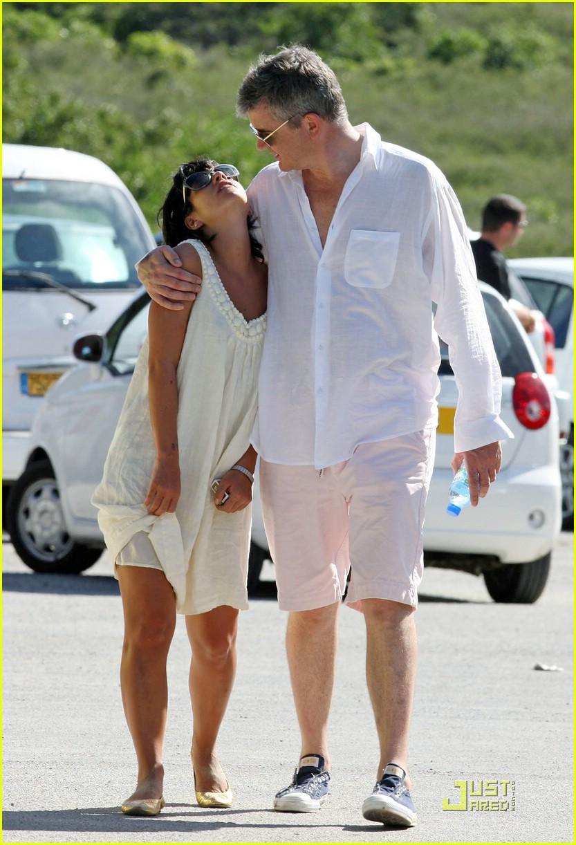 Lily Allen & Jay Jopling: Kissing Couple Lily Allen