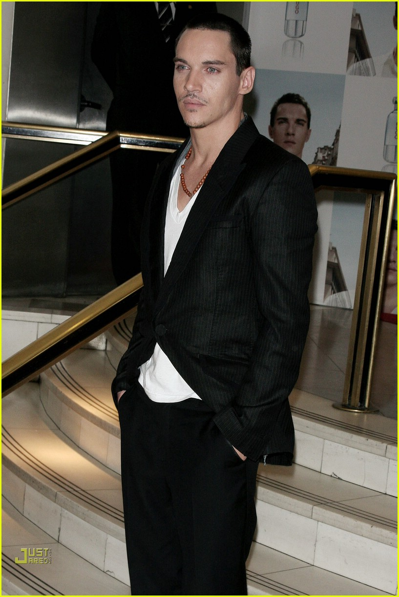 jonathan rhys meyers hugo boss 23