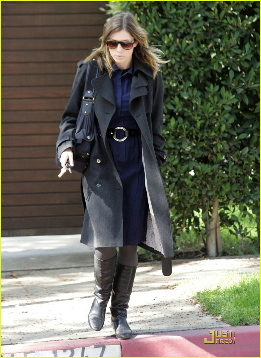 jessica biel west hollywood 08