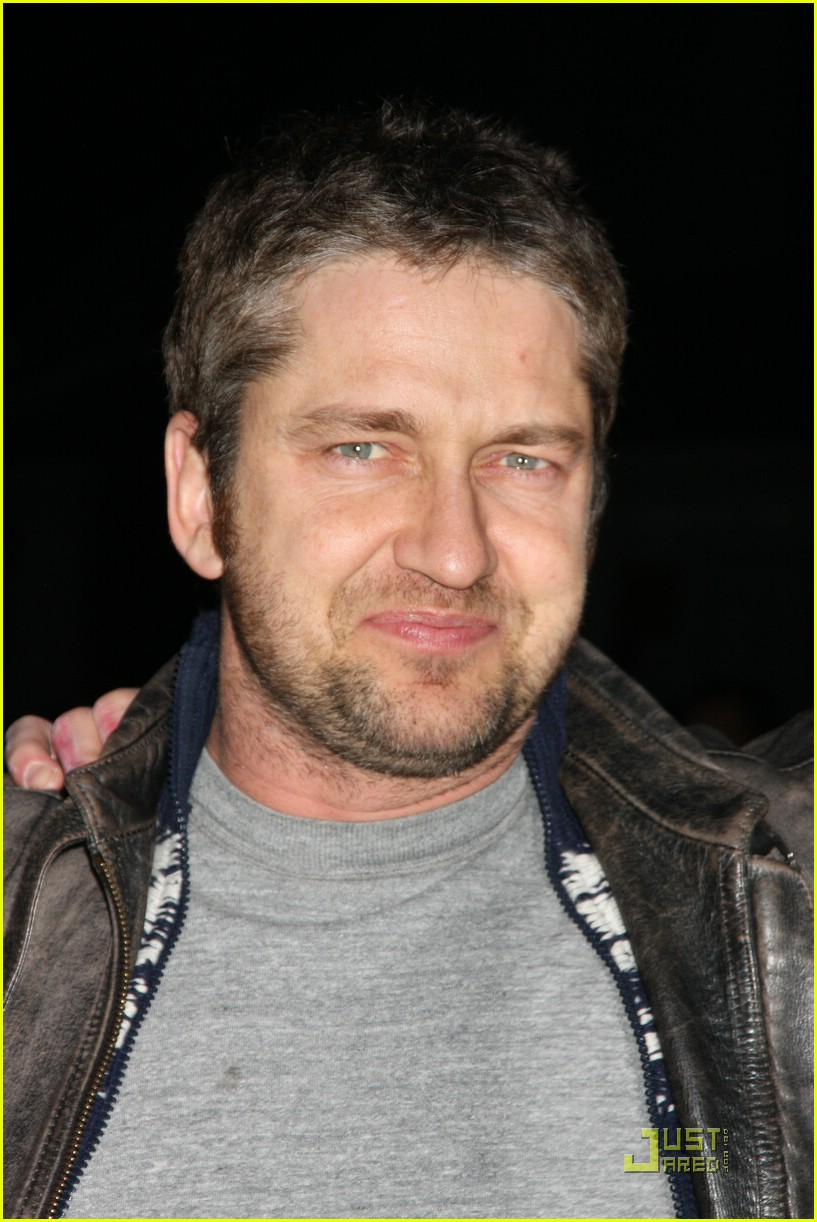 gerard butler fashion fun 011729651