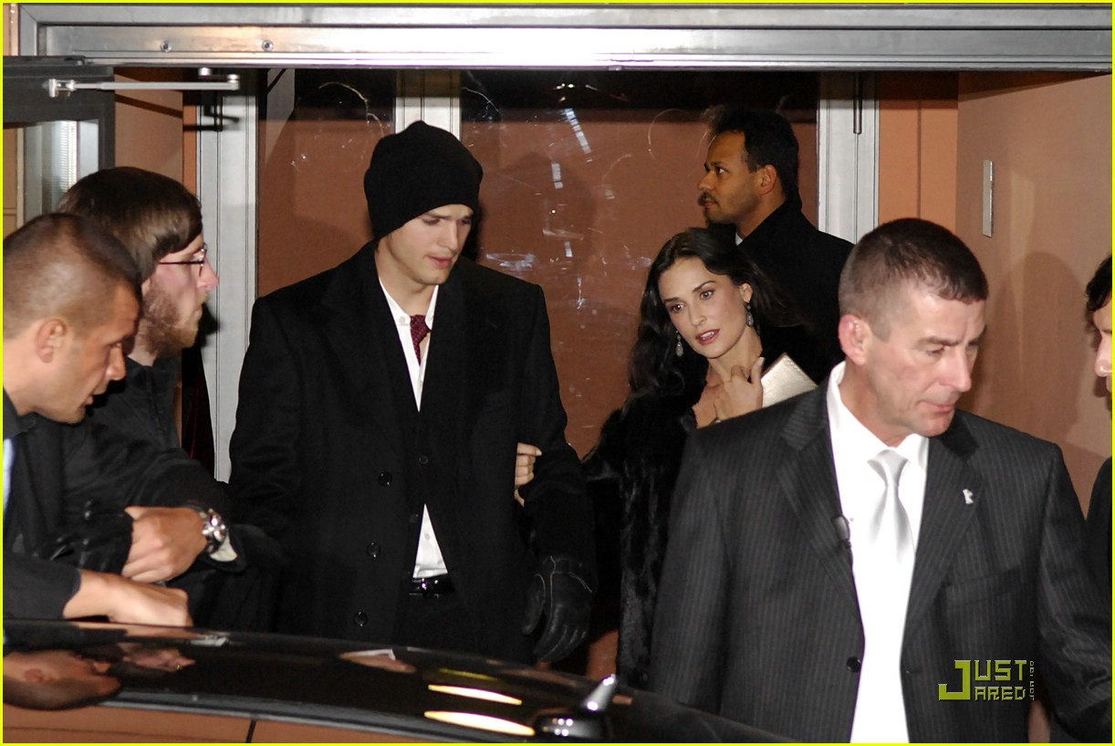 demi moore ashton kutcher berlin germany 08