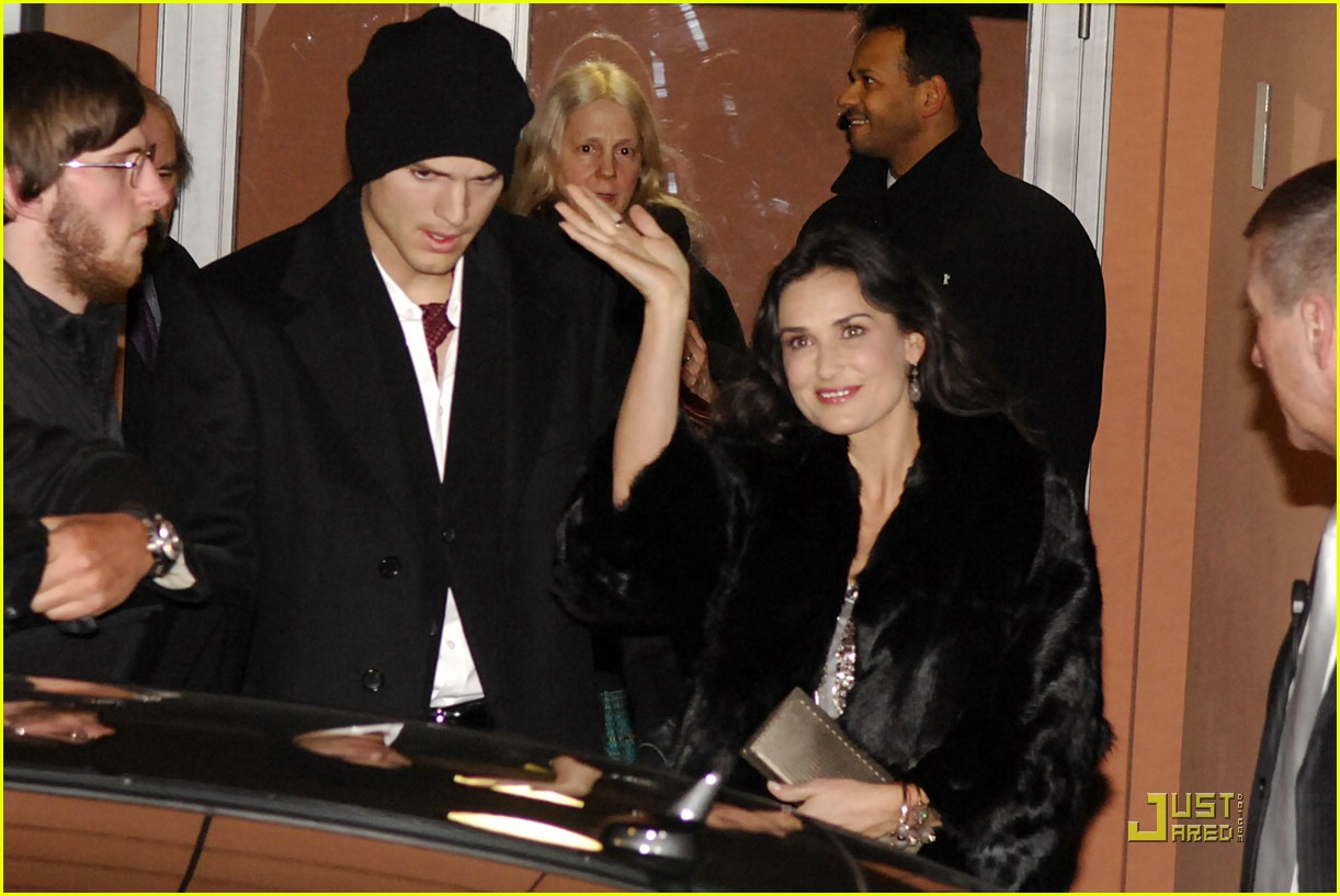 demi moore ashton kutcher berlin germany 131720991