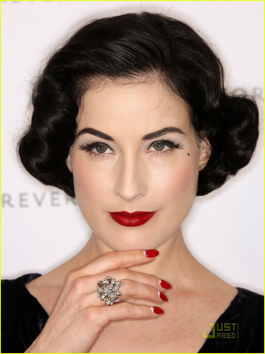 dita von teese a diamond is forever 01