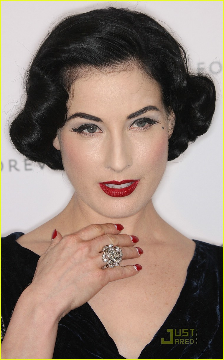 Dita Von Teese Wedding Ring The Image Kid Has It