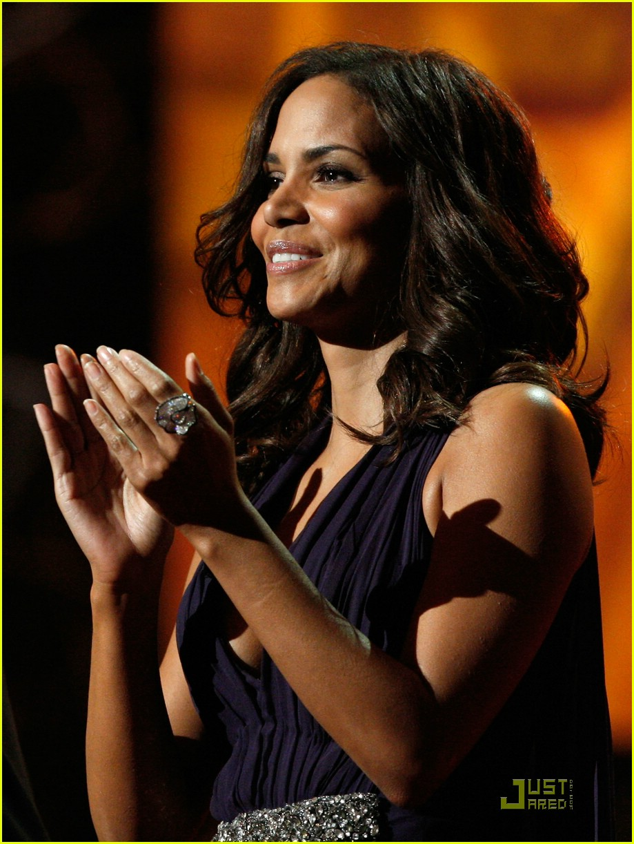 halle berry 2009 naacp 11