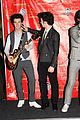 jonas brothers wax figures 17