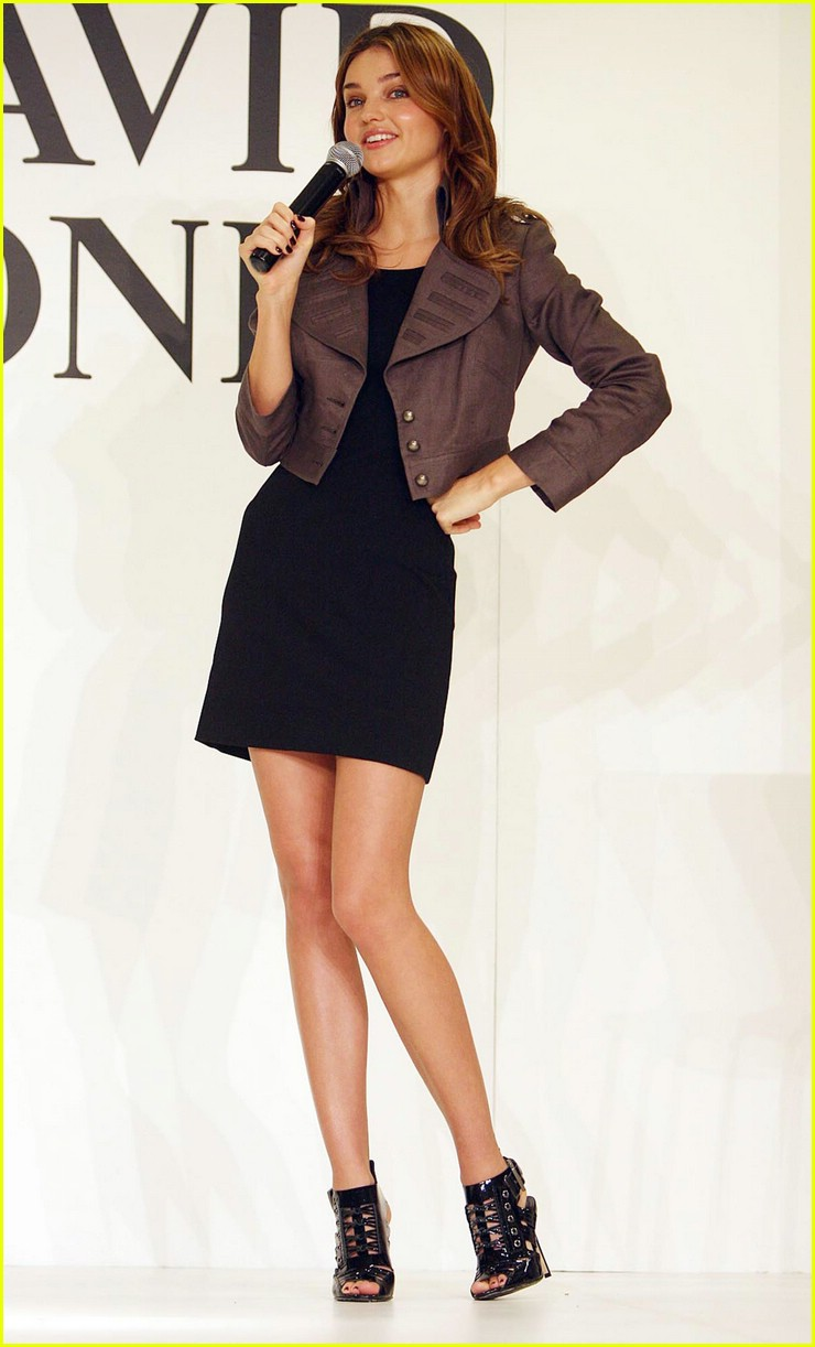 miranda kerr dazzles david jones 09