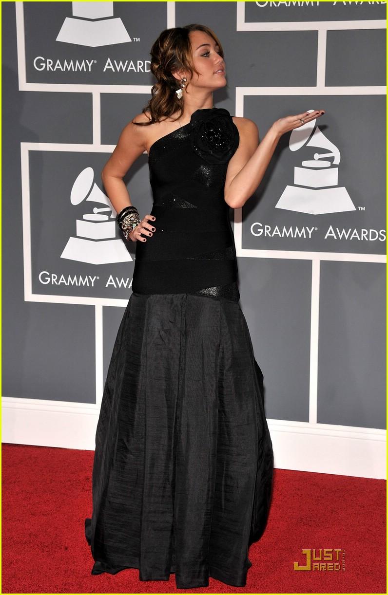 Blonderings: Ponderings of a Blonde: Grammys 2009! Miley Cyrus Grammys 2013