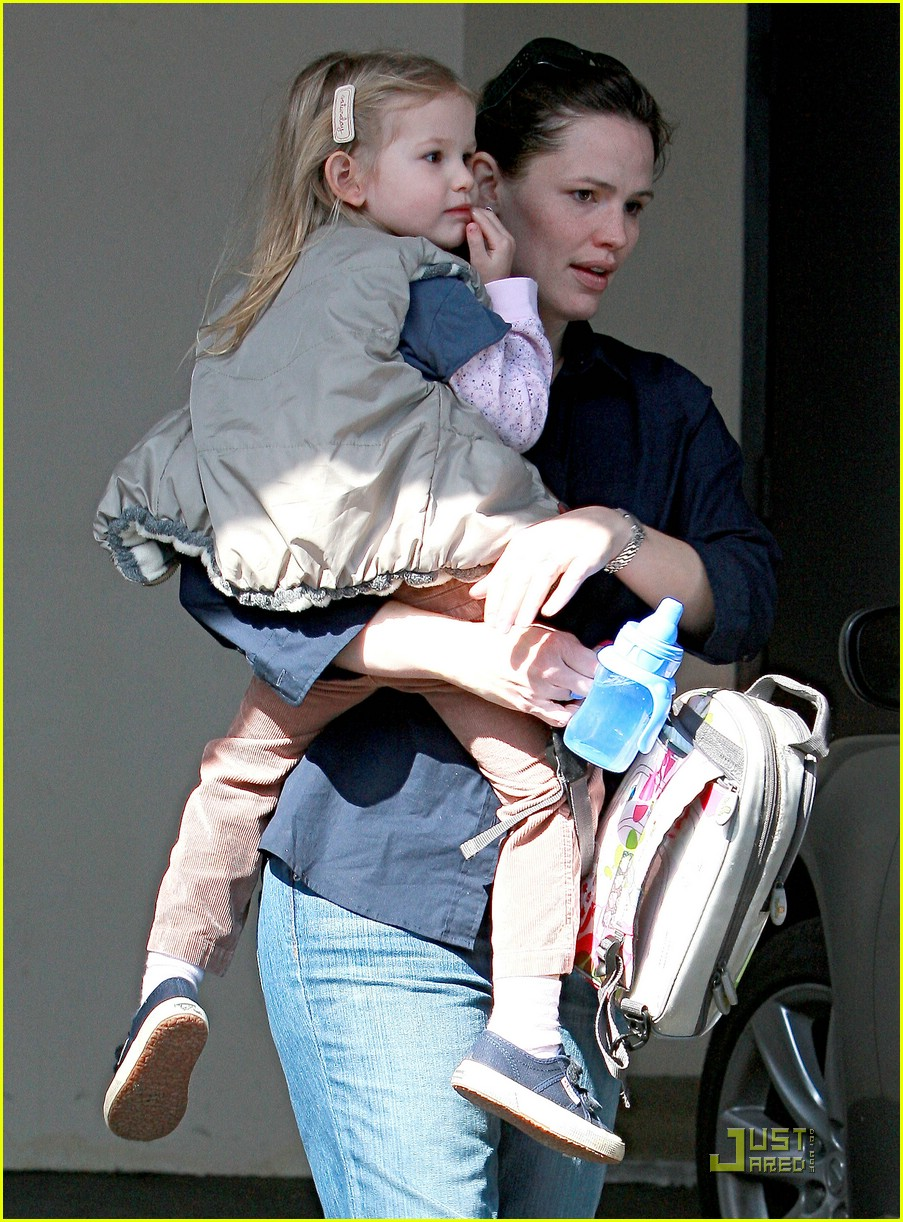 jennifer garner violet affleck mommy time 03