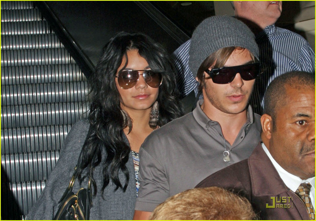 zac efron vanessa hudgens brazil 17