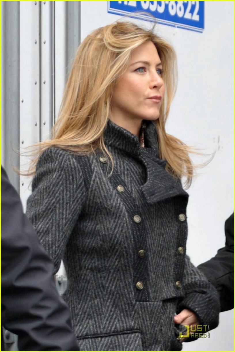 jennifer aniston baster 10
