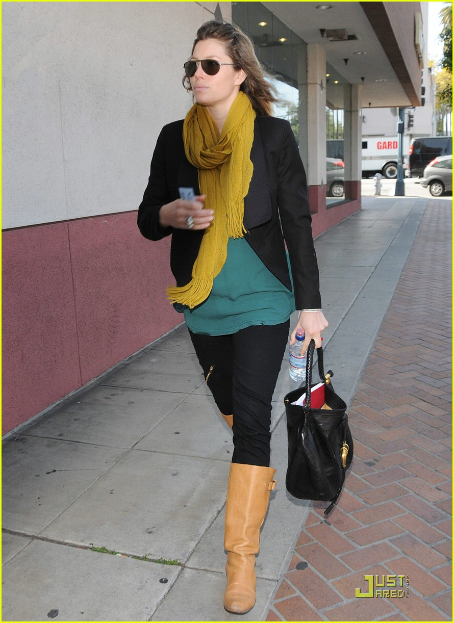 jessica biel beverly hills lunch 031823641