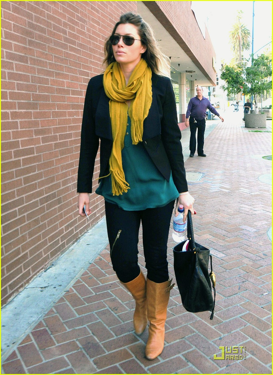 jessica biel beverly hills lunch 091823701