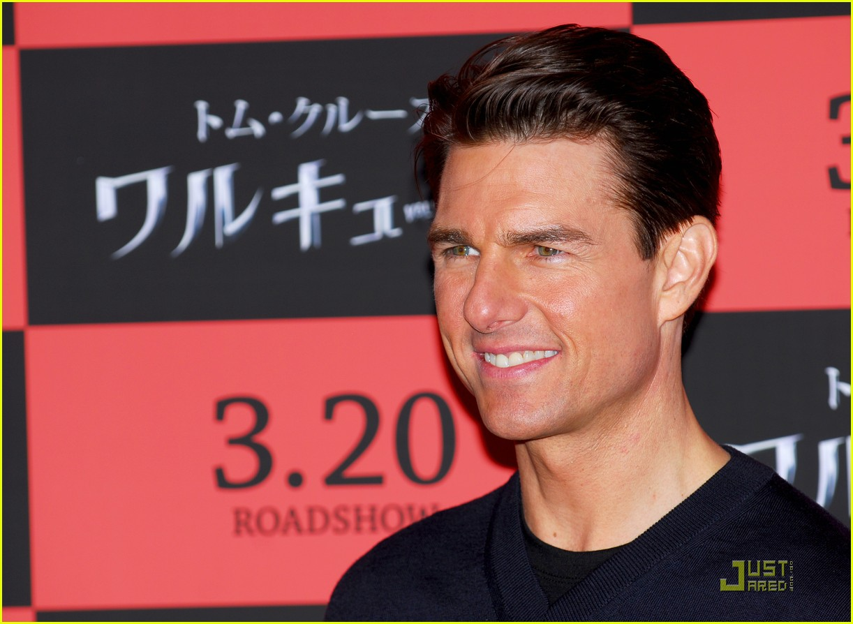 tom cruise valkyrie valor 021781011