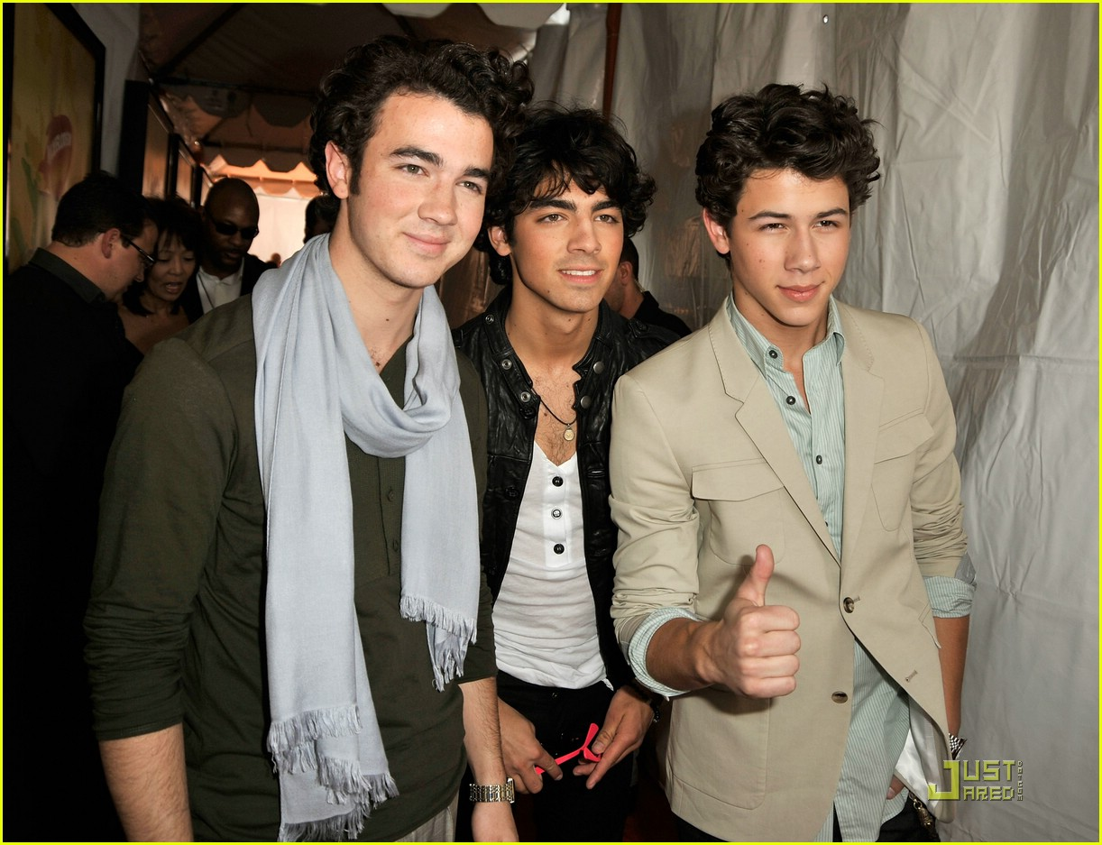jonas brothers 2009 kids choice awards 071818541