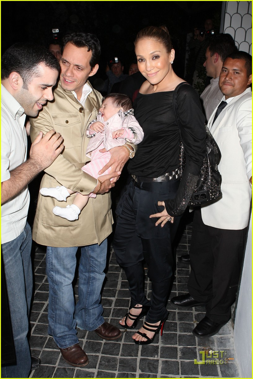 Full Sized Photo of jennifer lopez random baby 01 | Photo ...