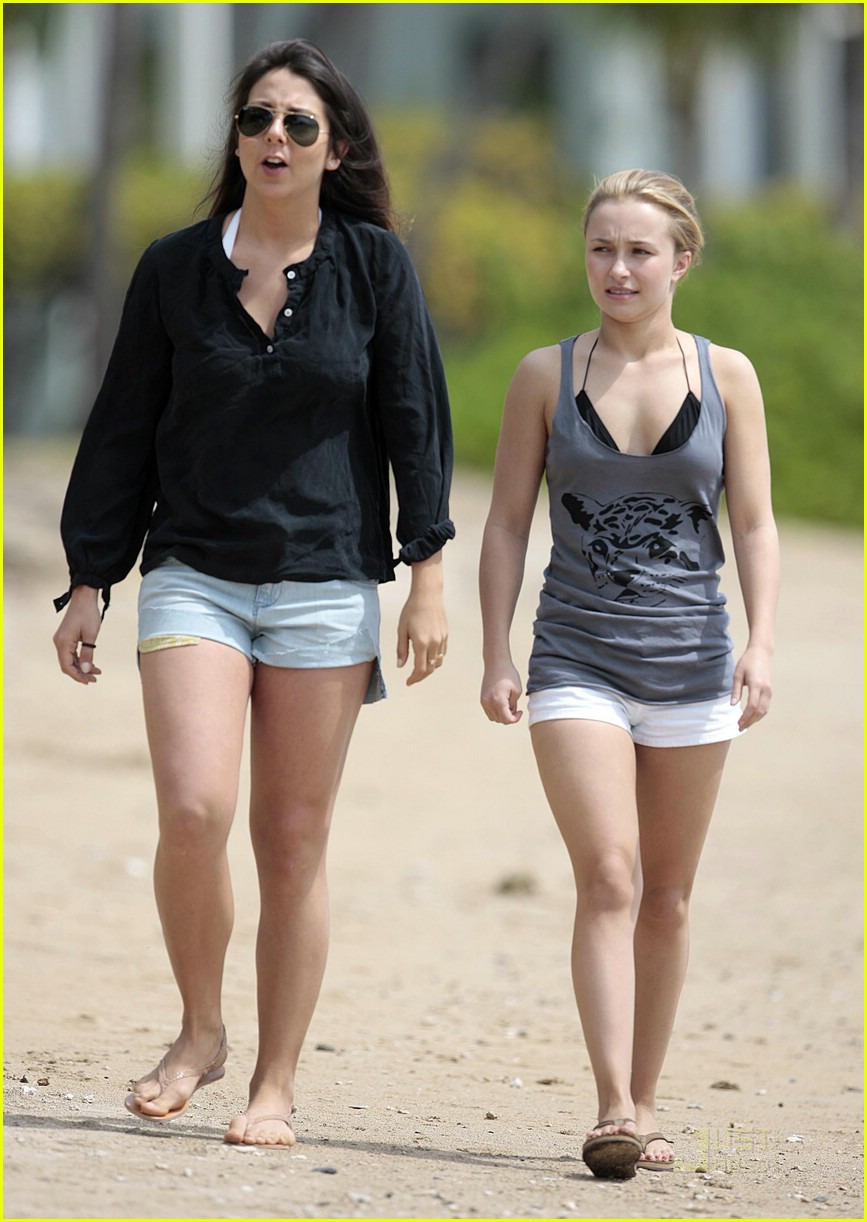 hayden panettiere save the whales widget 10