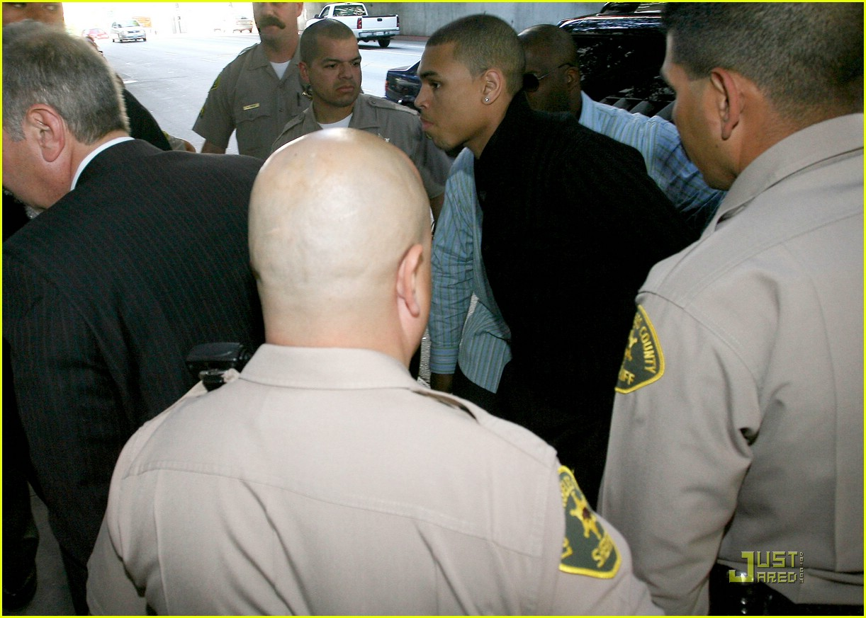chris brown pleads not guilty 291838131