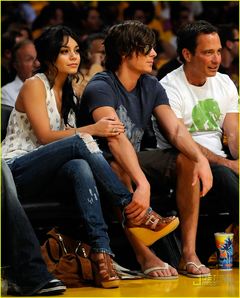 zac efron vanessa hudgens lakers 08