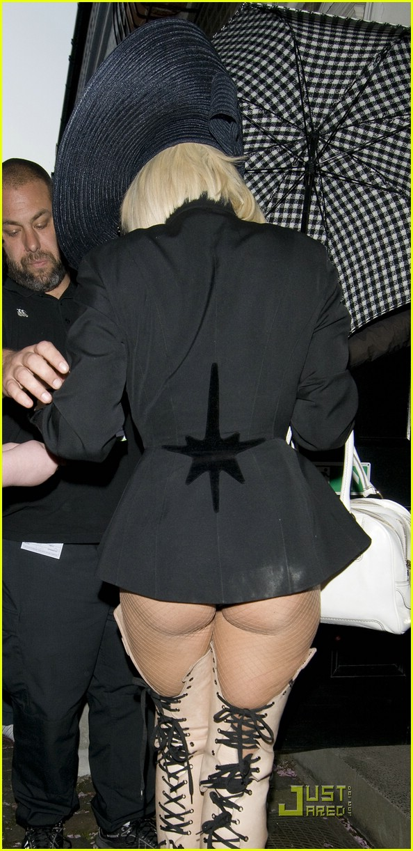 lady gaga cheeky 02