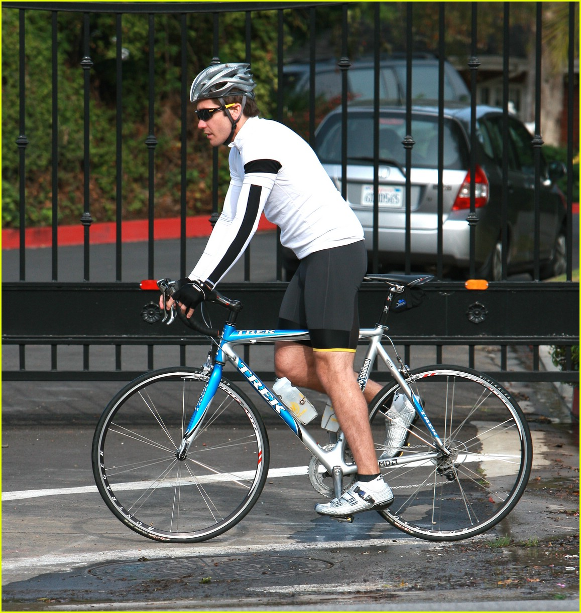 jake gyllenhaal austin nichols bicycles 08