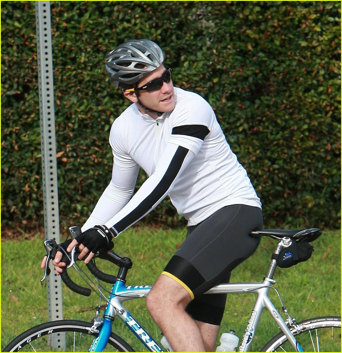 jake gyllenhaal austin nichols bicycles 10