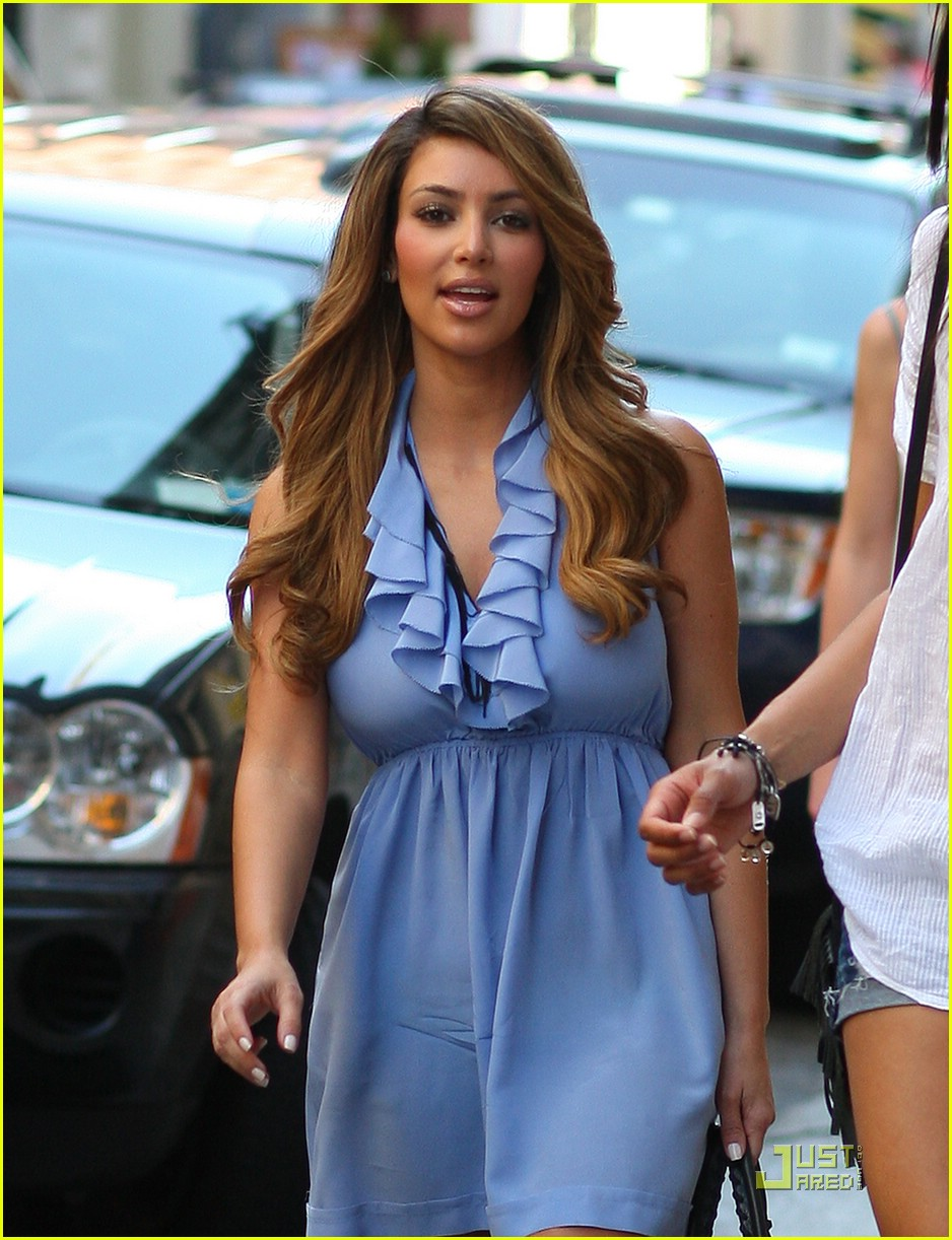 kim kardashian lighter locks 03