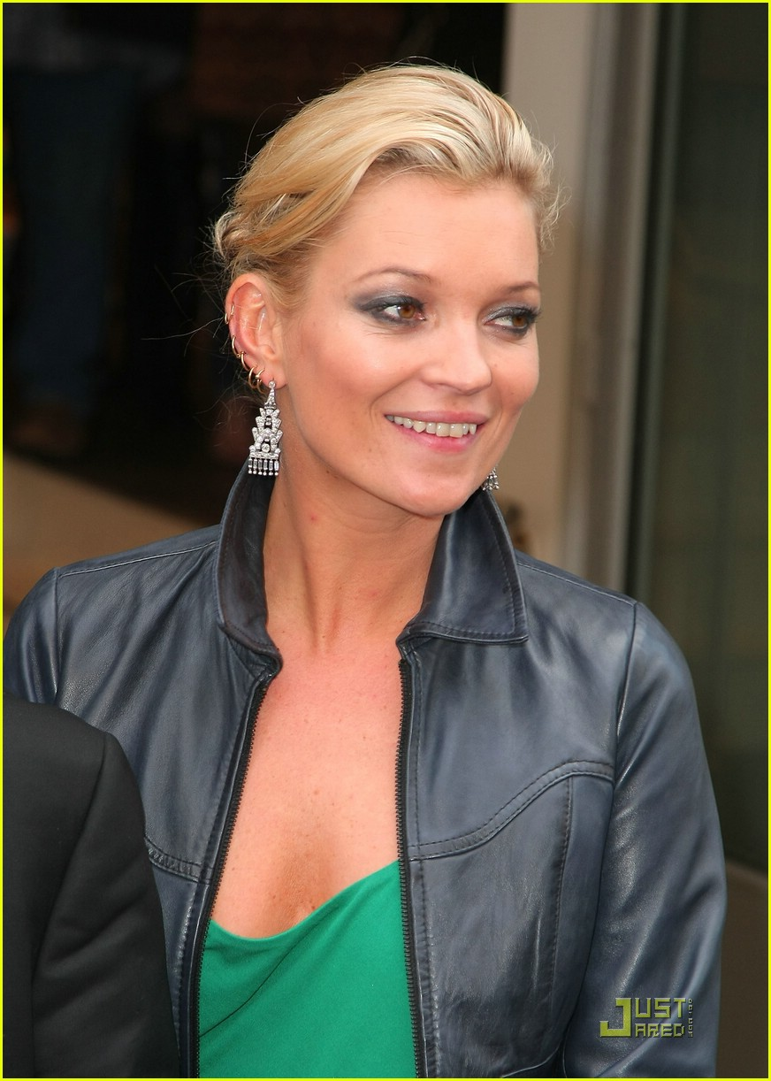 kate moss shops topshop 011829171