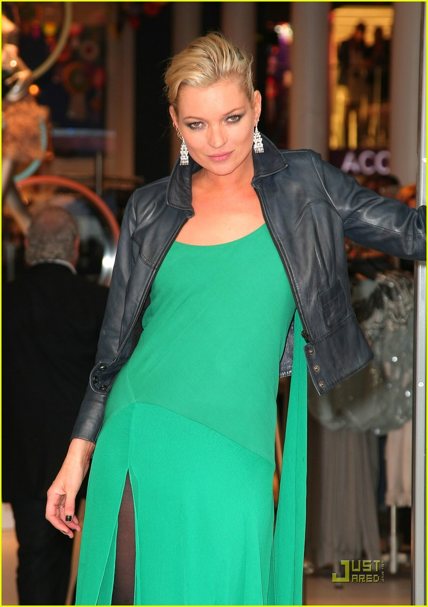 kate moss shops topshop 10