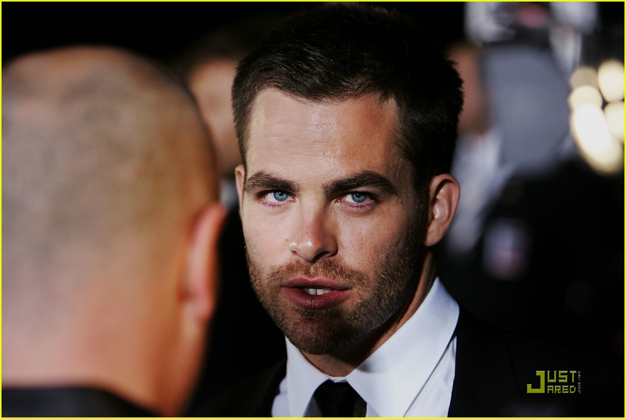 chris pine zachary quinto star trek world premiere 11
