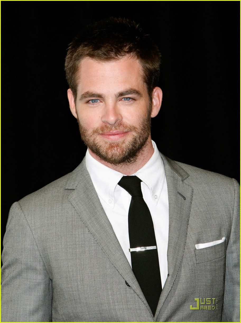 chris pine showest male star of tomorrow 15