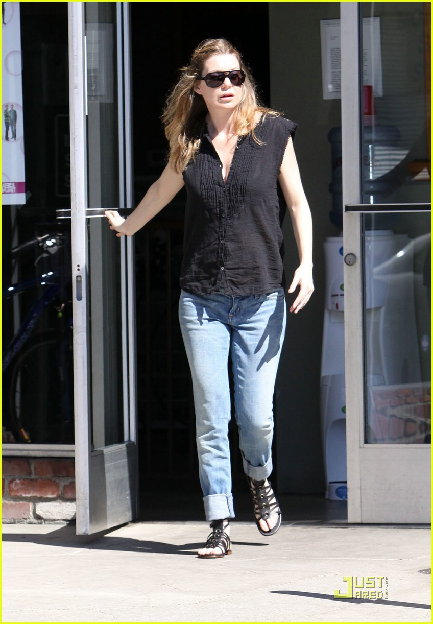 ellen pompeo tail washers 06