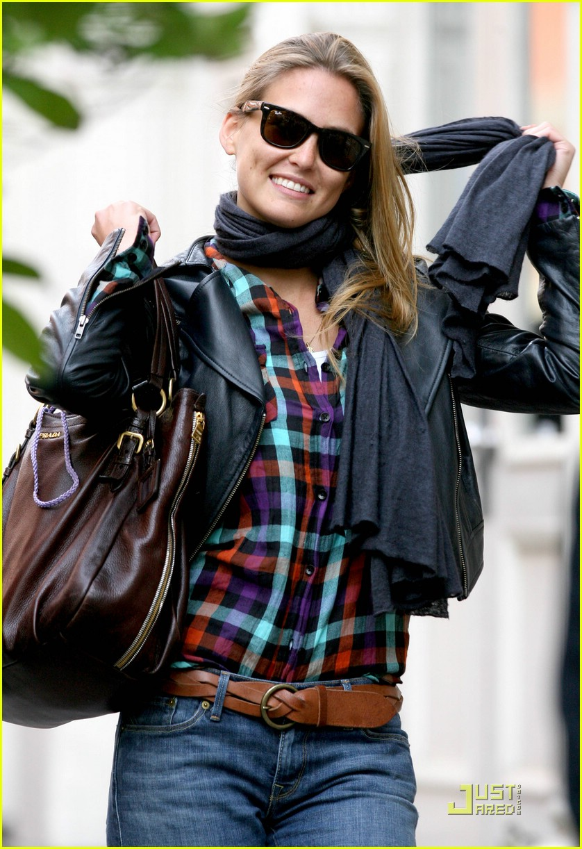 bar refaeli plaid 02