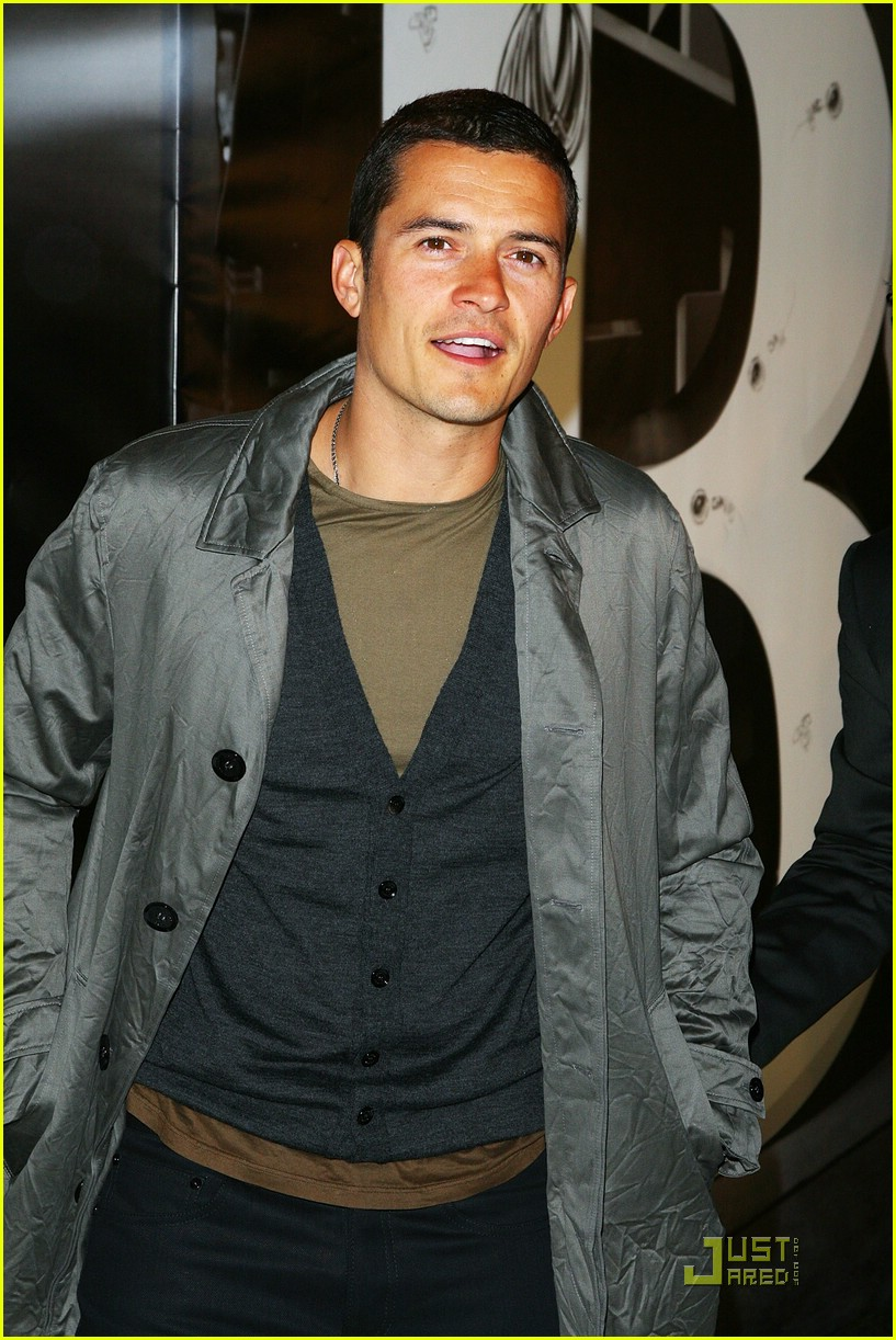 orlando bloom burberry day 08