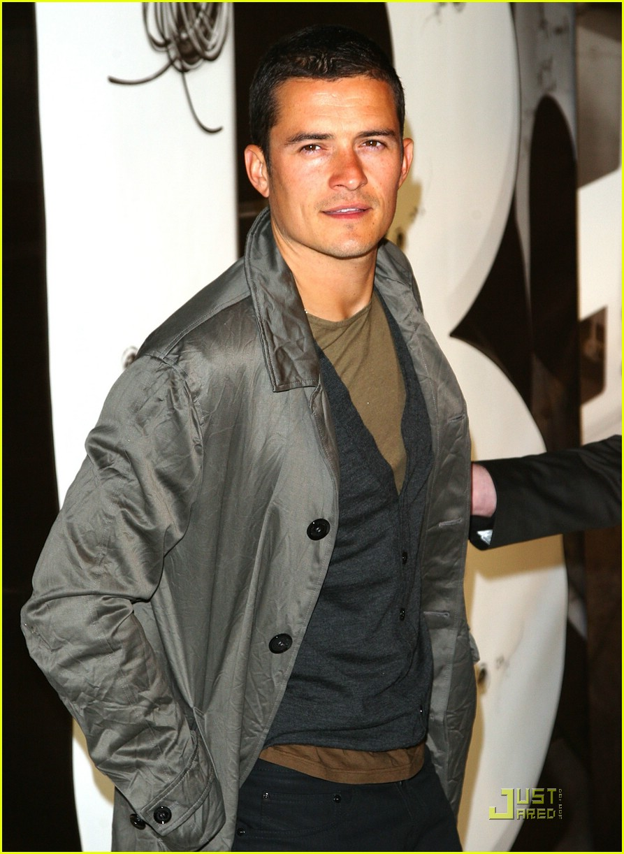 orlando bloom burberry day 11