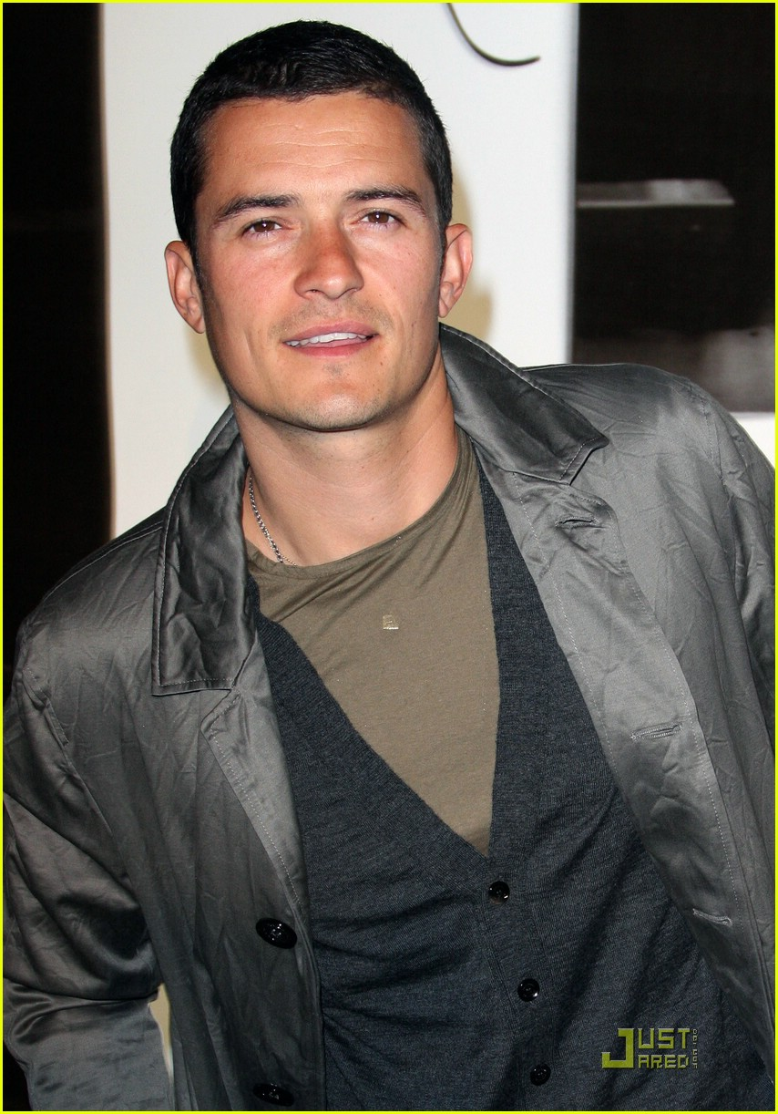 orlando bloom burberry day 15