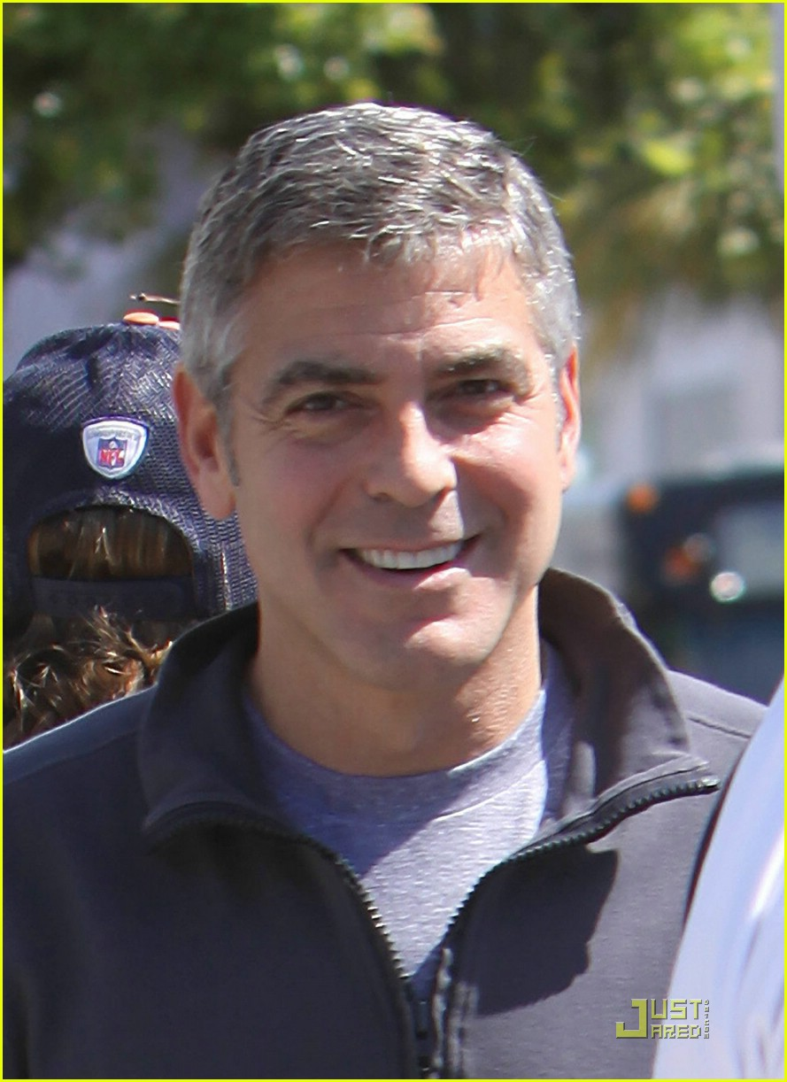 George Clooney Is Stuck Up In The Hair Photo 1912951 George