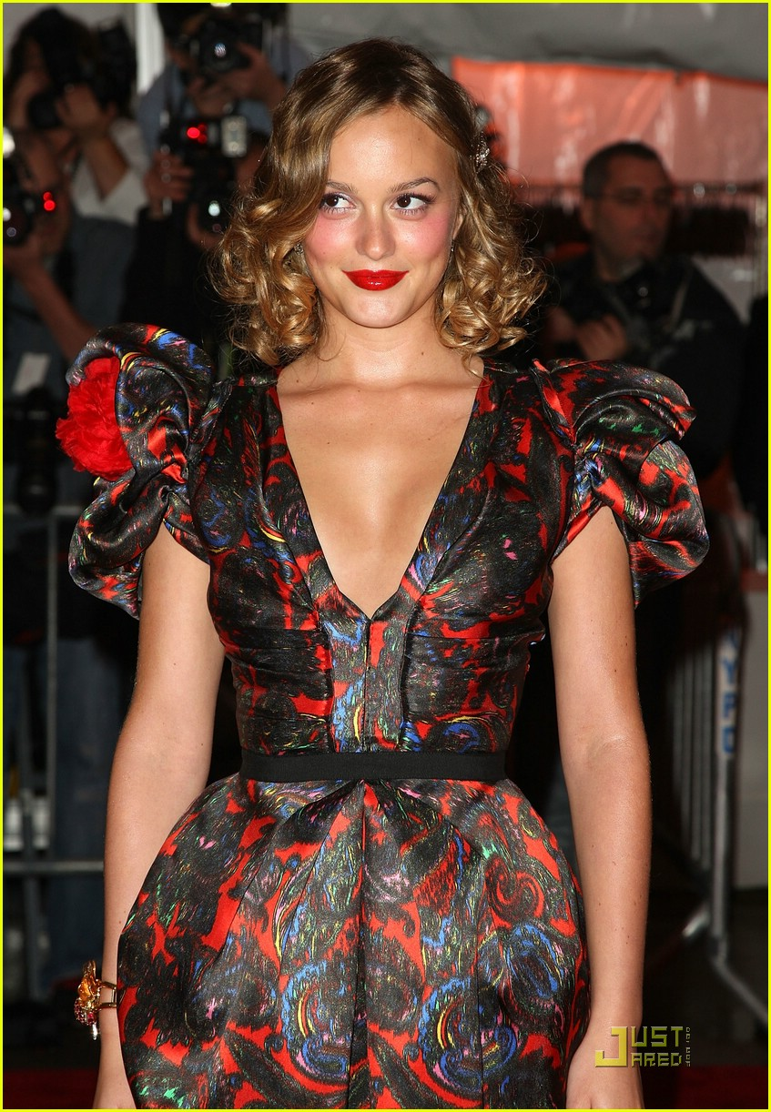 leighton meester met costume institute gala 2009 03