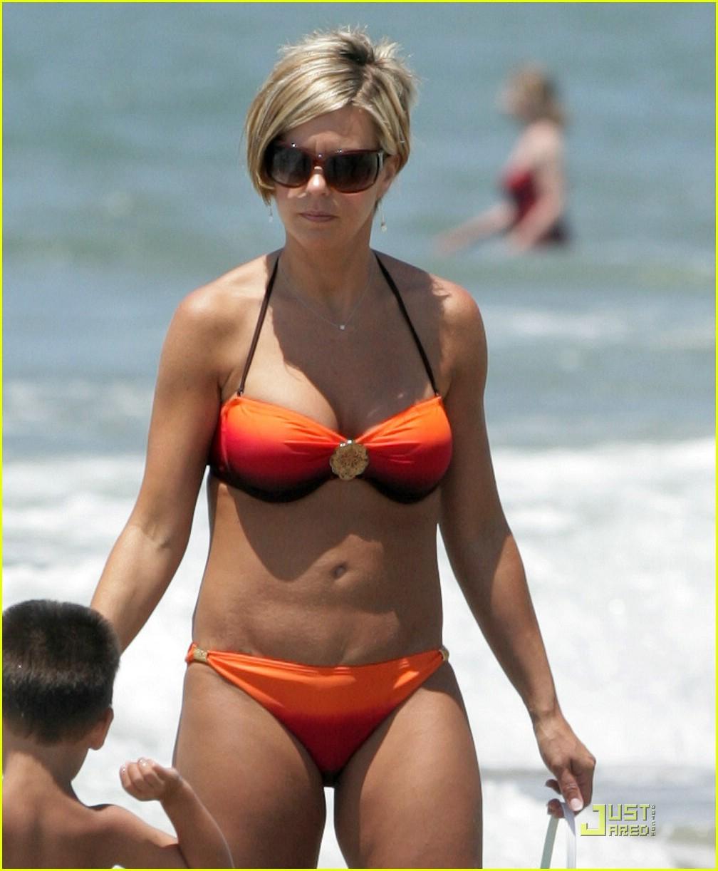Kate gosselin is a bikini mama photo bikini celebrity kate austin bikini  jpg 1008x1222 Kate austin