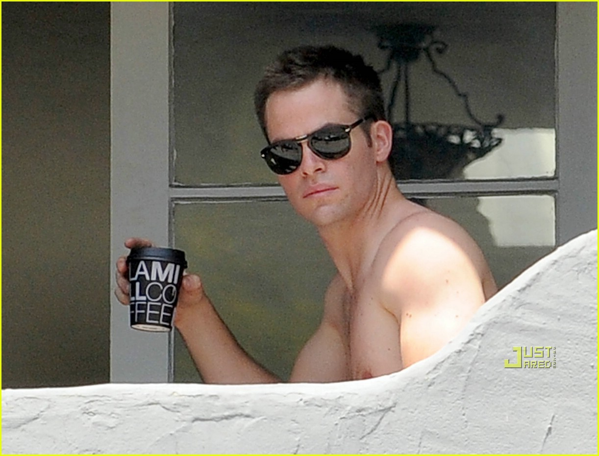 chris pine shirtless picking nose 10