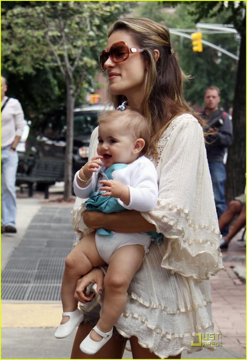 Alessandra Ambrosio Baby | Foto Bugil Bokep 2017