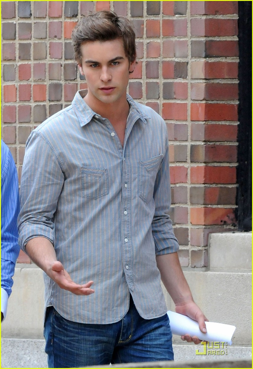 chace crawford back set 02