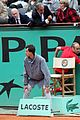 roger federer attacked at french open 07
