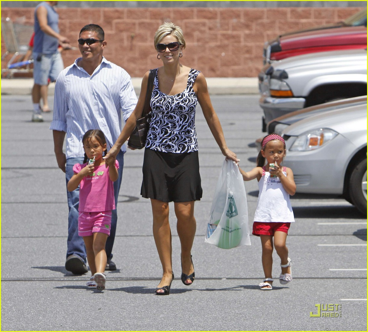 kate gosselin giant supermarket 04