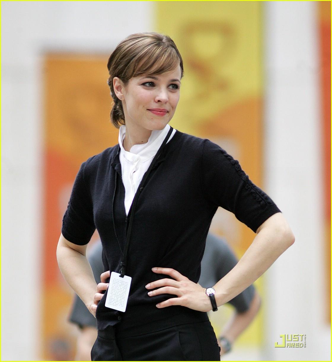 Rachel McAdams is Harrison Ford's Morning Glory: Photo ... Rachel Mcadams Instagram