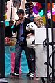 robert pattinson emilie de ravin bear hug 01