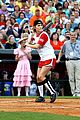 carrie underwood softball grand ole opry 13