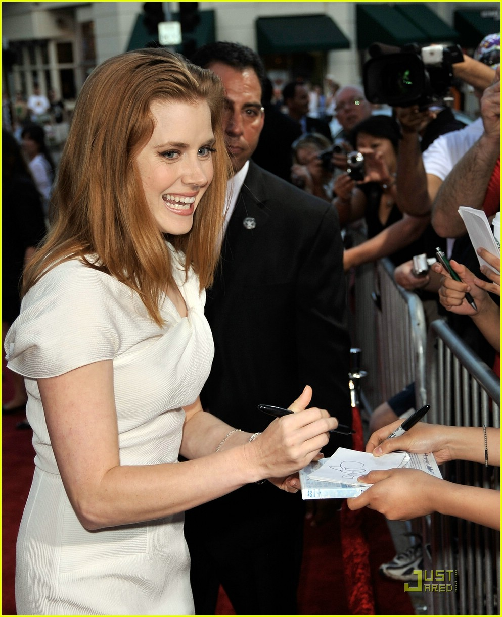 amy adams aphrodite 11