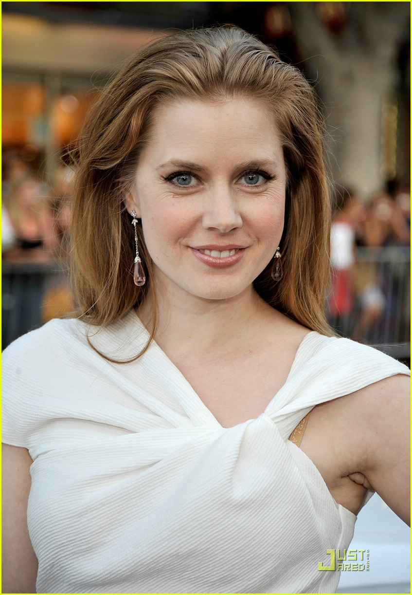 amy adams aphrodite 14
