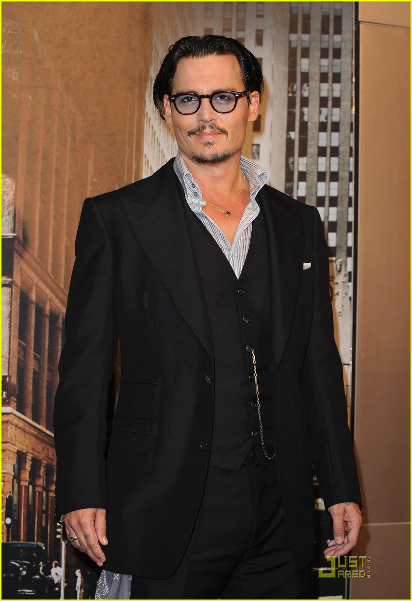 johnny depp paris public 01